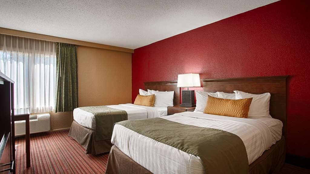 Best Western Richmond Hotel - If you're traveling with your family or group of friends, opt for our 2 double bedroom.