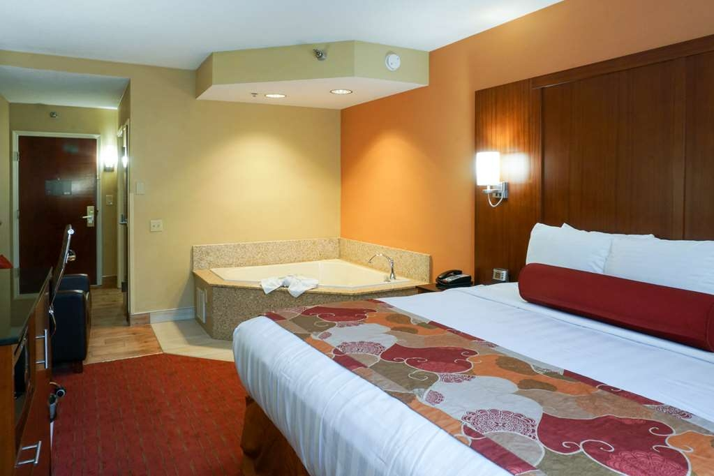 Best Western Plus Georgetown Corporate Center Hotel - Suite