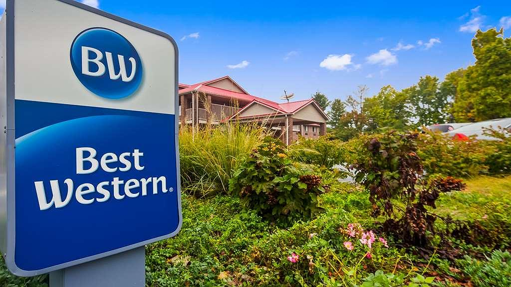 Best Western Paris Inn - Feel right at home at the Best Western Paris Inn.