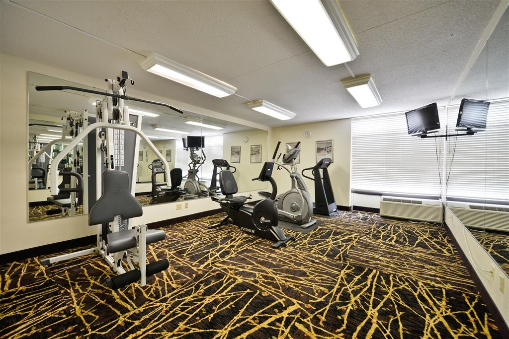 Best Western Ashbury Inn - With three cardio machines and one weight machine, guests can continue their workout routines even while they travel.