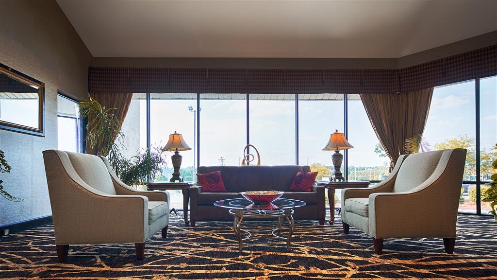 Best Western Ashbury Inn - Our lobby is the perfect spot to relax after a long day of work and travel.