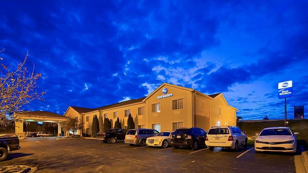 Best Western Lawrenceburg Inn - Area esterna