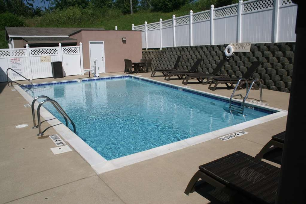Best Western Lawrenceburg Inn - Poolansicht