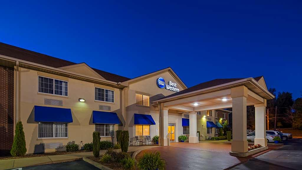 Best Western Central City - Conveniently located off exit 58 on Western Kentucky(WK) Parkway