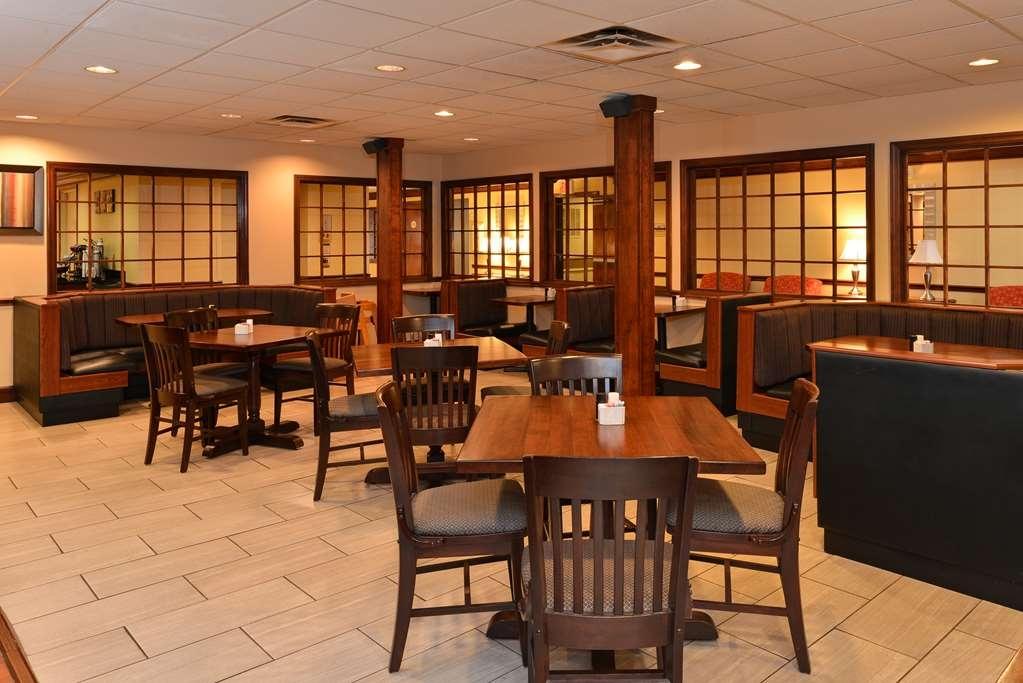 Best Western Louisville East - Le petit déjeuner buffet