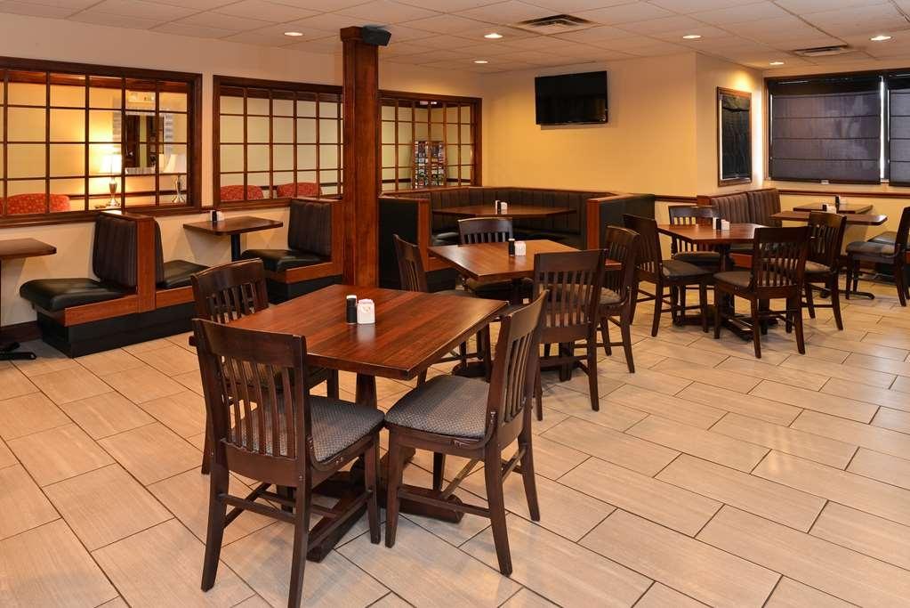 Best Western Louisville East - Desayuno Buffet
