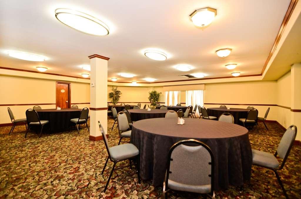 Best Western Louisville East - Sala de reuniones