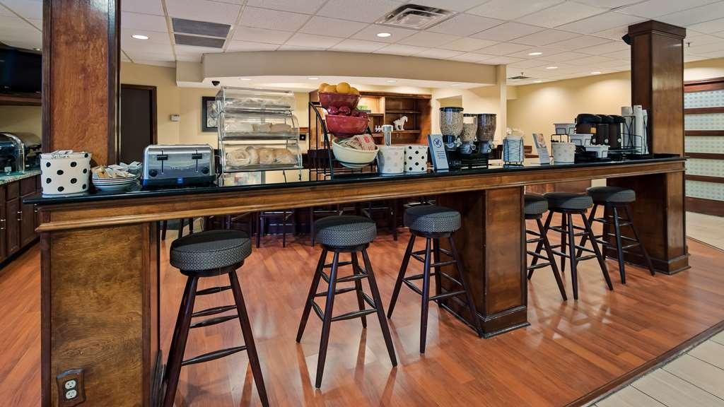 Best Western Louisville East - Restaurante/Comedor