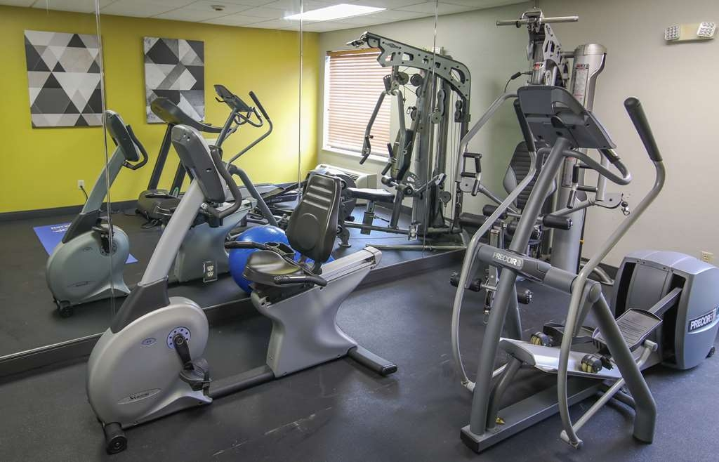 Best Western Somerset - Our fitness center is outfitted with everything you need for a great workout.