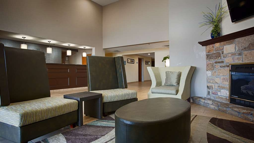 Best Western Lake Cumberland Inn - Make the Best Western Lake Cumberland Inn your next home away from home while exploring Lake Cumberland!