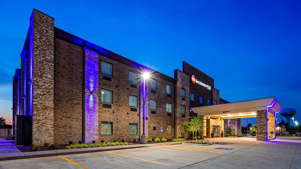 Best Western Plus Owensboro - Experience the meaning of true comfort at the Best Western PLUS in Owensboro!
