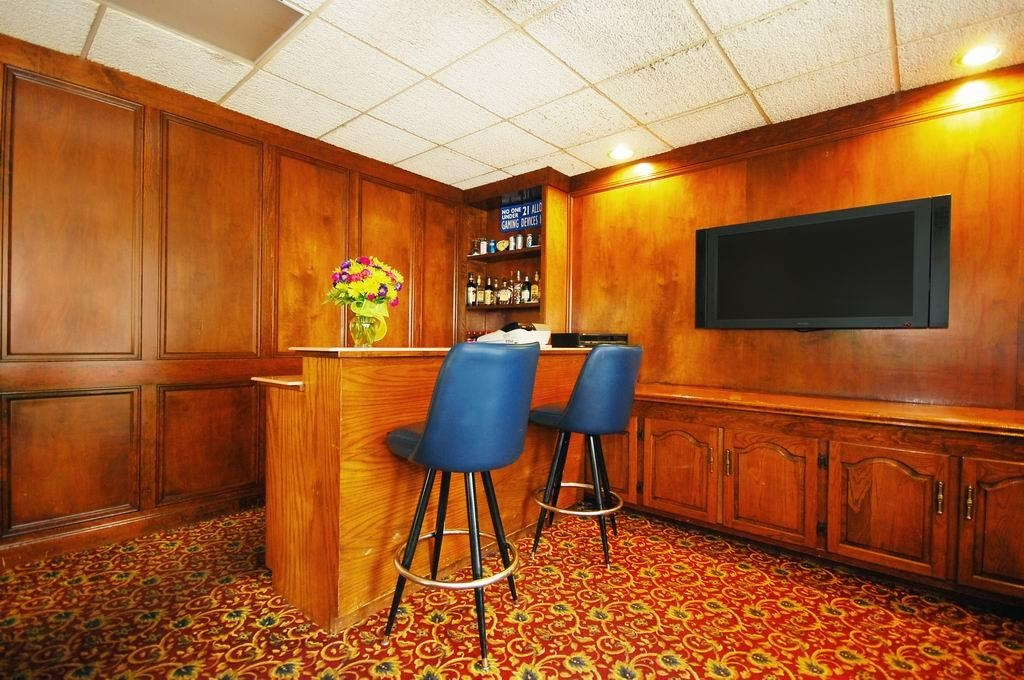Best Western Forest Inn - Guest Lounge
