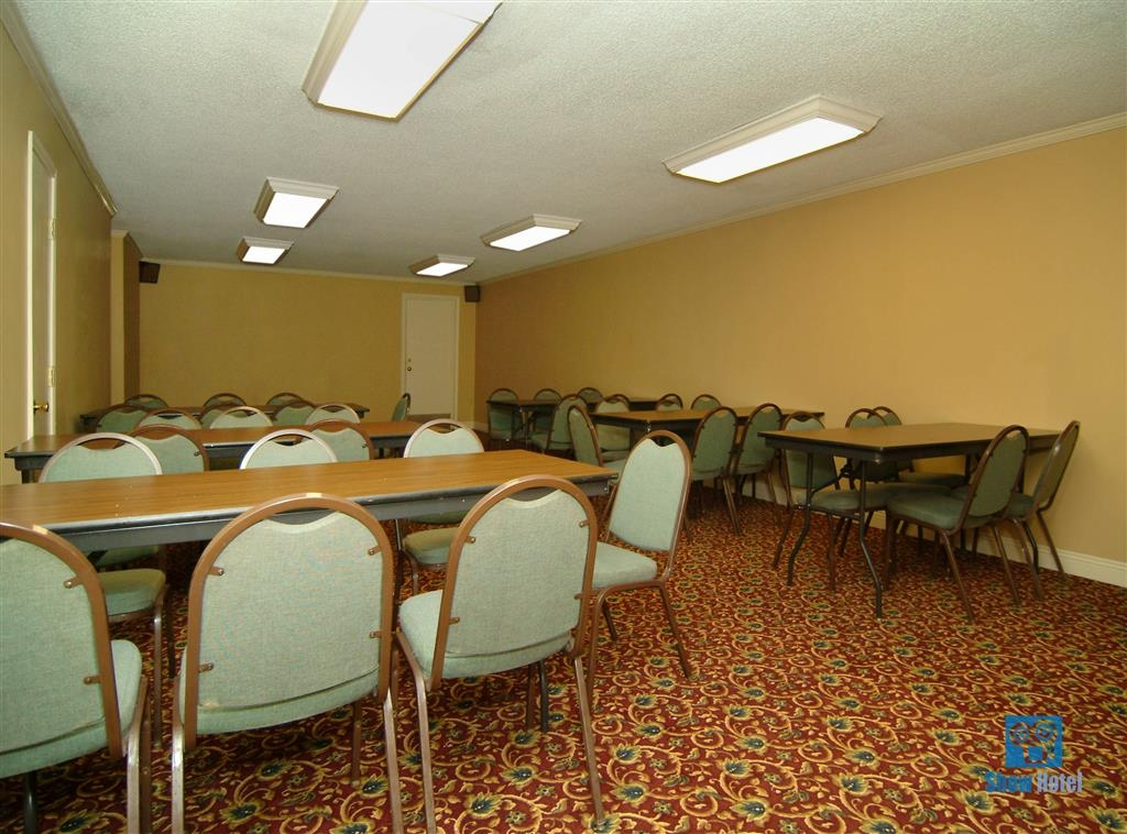Best Western Forest Inn - Meeting Room
