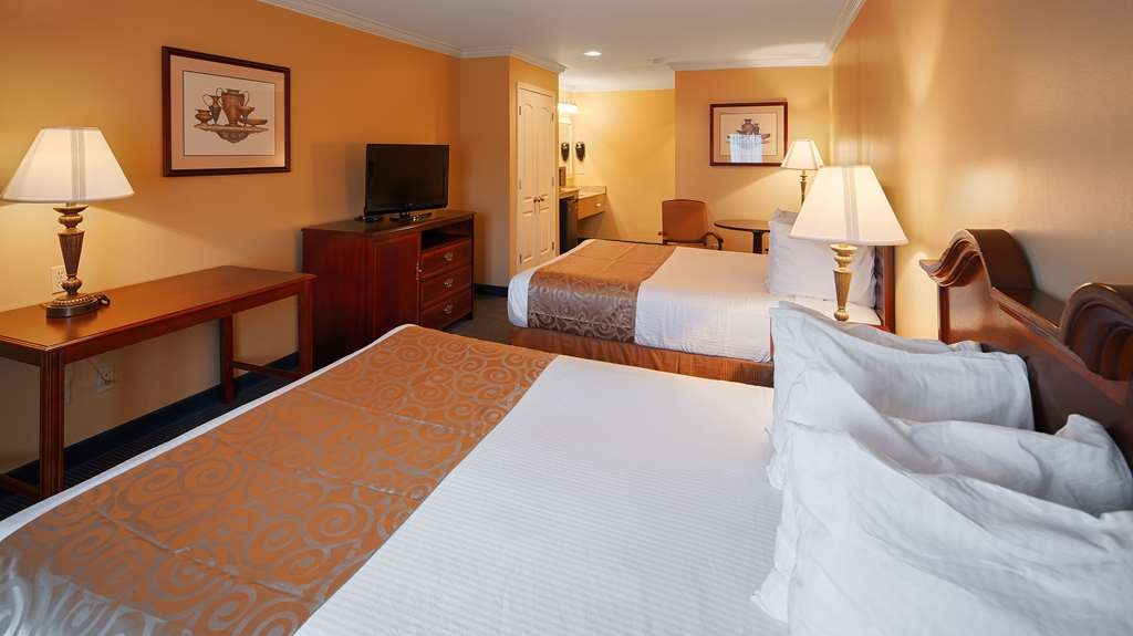 Best Western Forest Inn - Two Queen Room