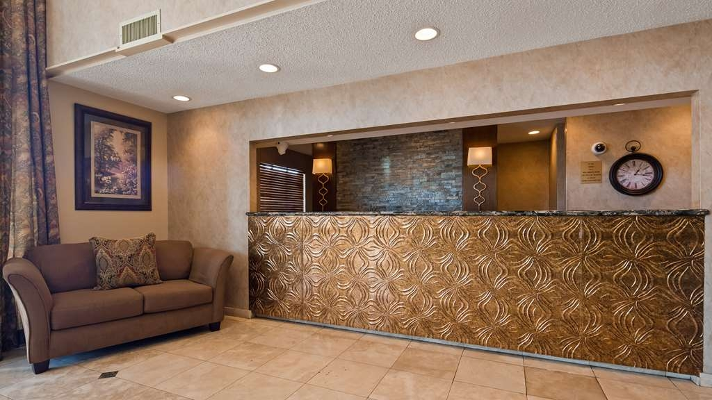 Best Western of Alexandria Inn & Suites & Conference Center - Hall