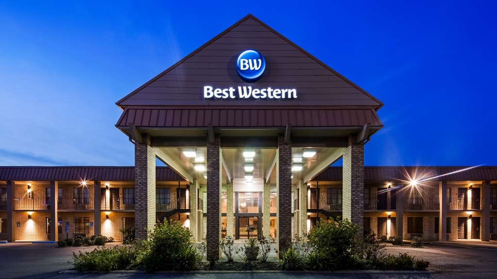 Best Western of Alexandria Inn & Suites & Conference Center - Facciata dell'albergo