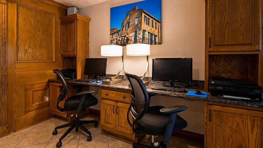 Fine Hotel In Harvey Best Western Plus Westbank Ocoug Best Dining Table And Chair Ideas Images Ocougorg