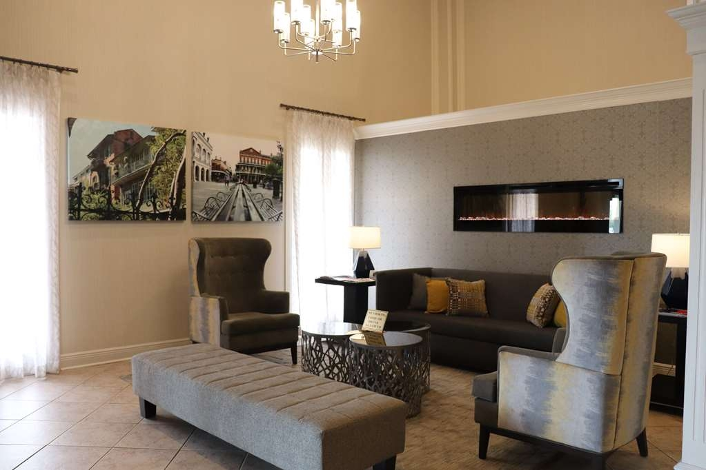 Best Western Plus Westbank - We strive to exceed your every expectation starting from the moment you walk into our lobby.