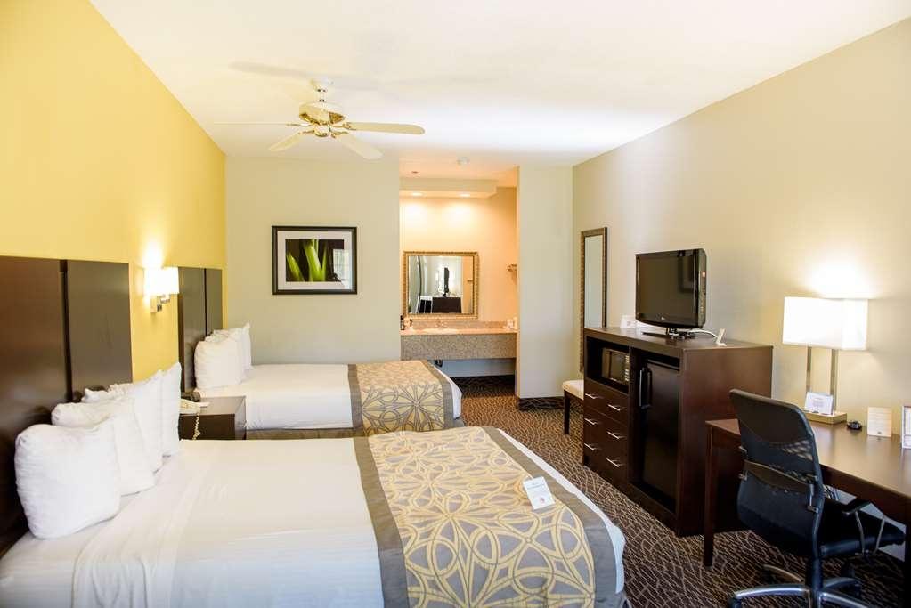 Best Western West Monroe Inn - Two Queen Bed Guest Room