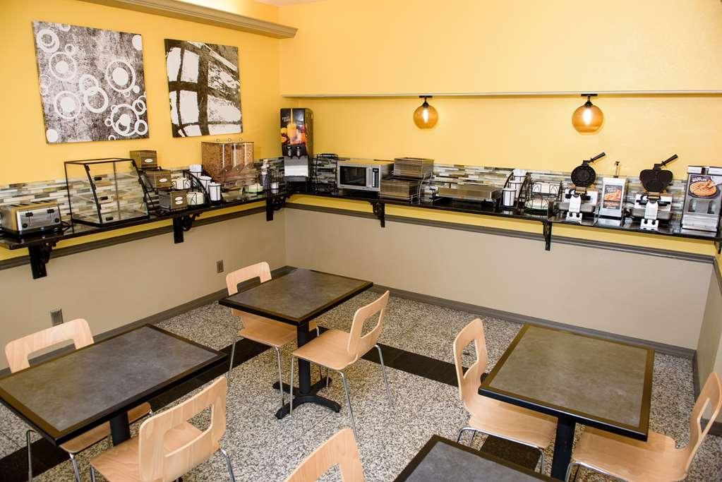 Best Western West Monroe Inn - Le petit déjeuner buffet