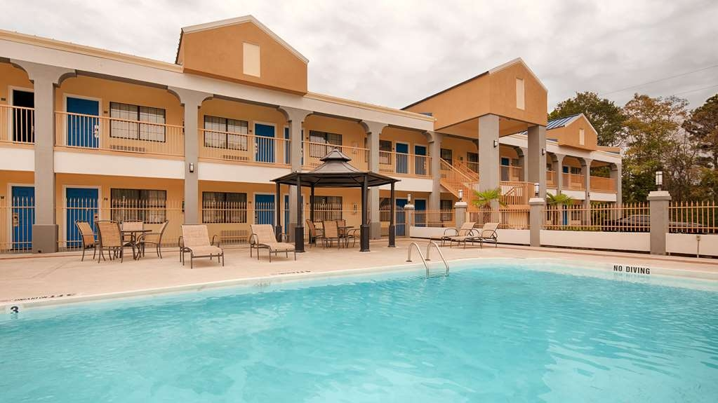 Best Western West Monroe Inn - Vue de la piscine