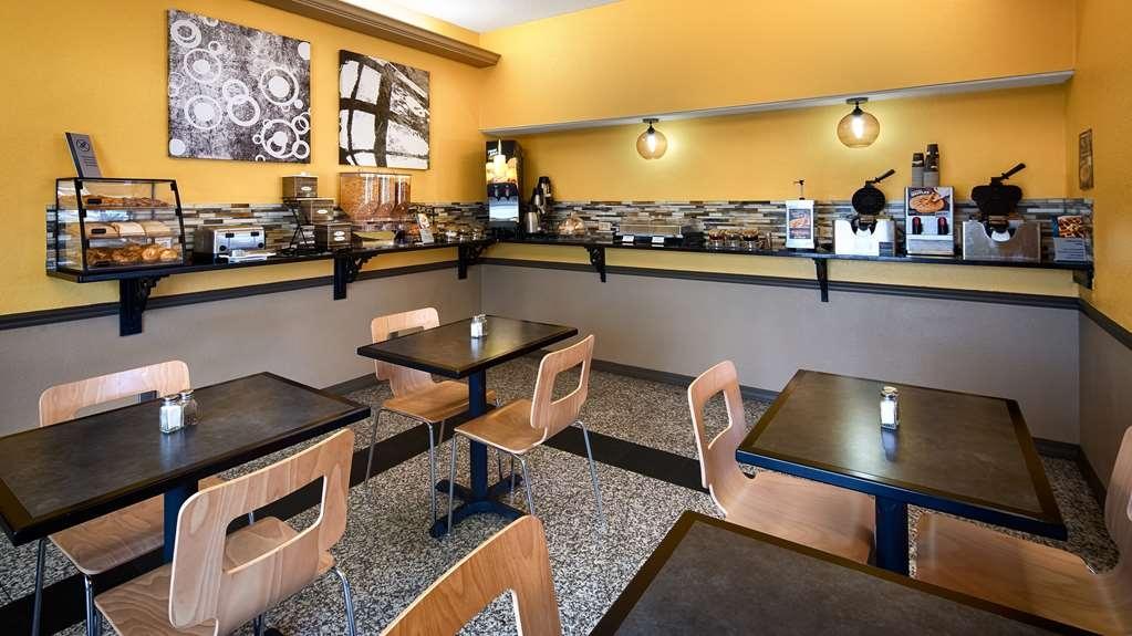 Best Western West Monroe Inn - Breakfast Area