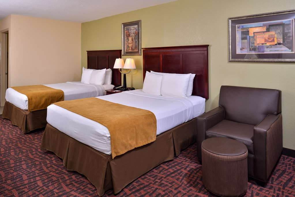Best Western Eunice - Your whole family will enjoy the amenities of our two queen bed guest room.