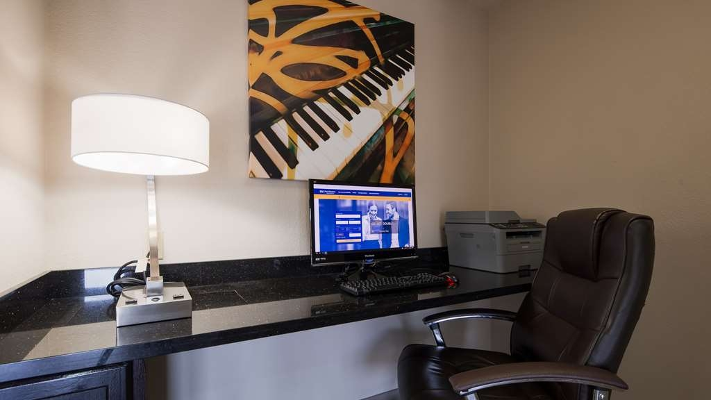 Best Western Minden Inn - Stay connected in the business center.