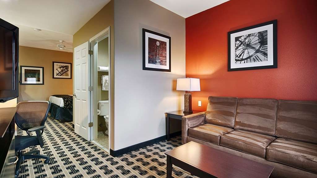 Best Western La Place Inn - Suite