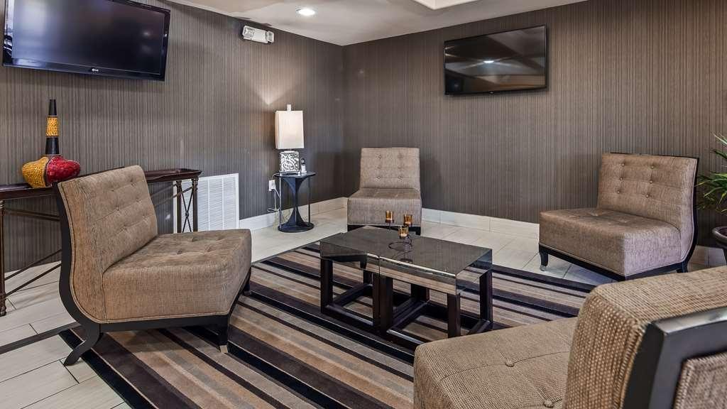 Best Western La Place Inn - Lobby