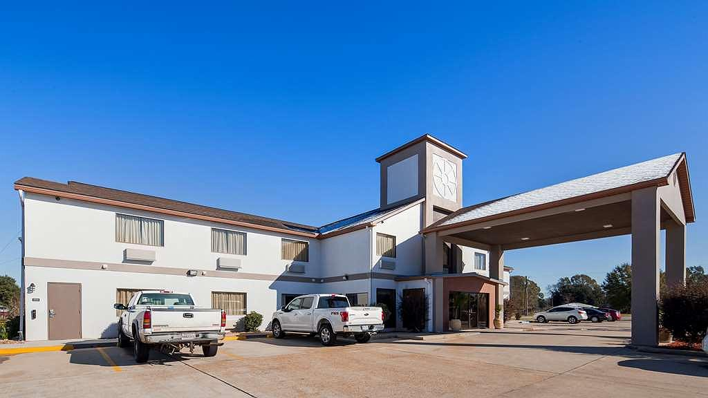 Best Western Ville Platte - Pull right up to the BEST WESTERN Ville Platte and make us your home away from home.
