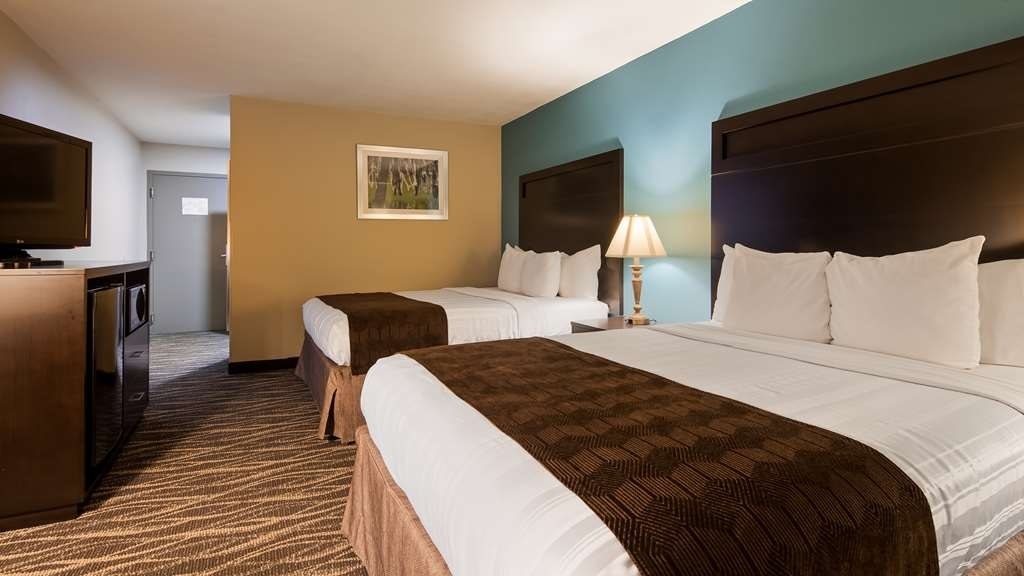 Best Western Ville Platte - Sink into our comfortable beds each night and wake up feeling completely refreshed.
