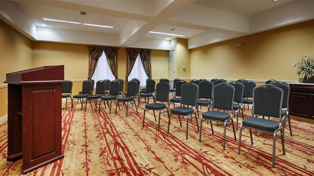 Best Western Plus Houma Inn - Host a successful meeting or event in our meeting room.