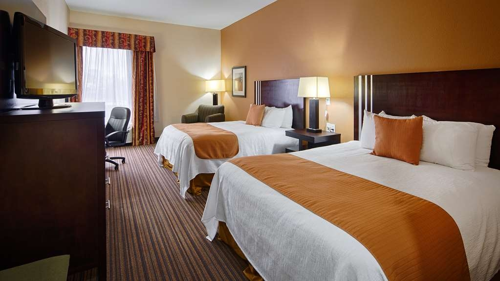 Best Western Plus Houma Inn - Get a great night's sleep in our two queen bed guest room.
