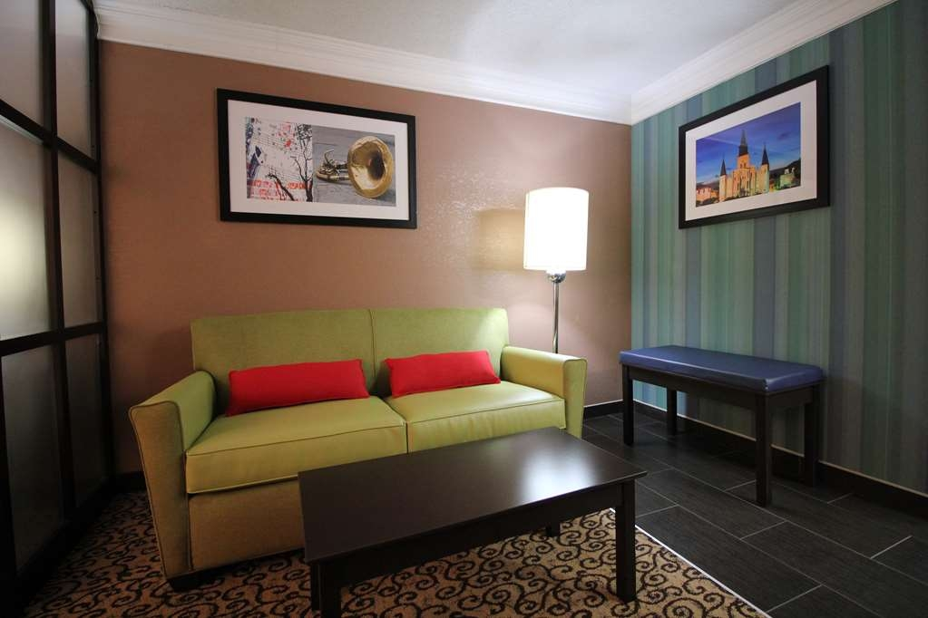 Best Western Plus Slidell Hotel - King Studio, sofa bed, high-speed Internet, flat panel TV, microwave, refrigerator and in-room safe are just some of our amenities.