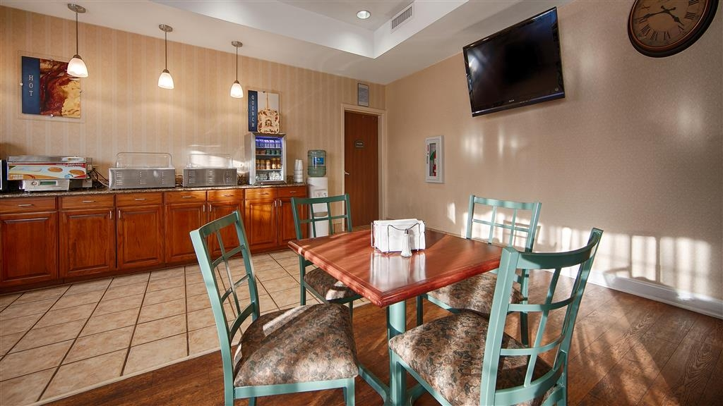 Best Western Plus Executive Hotel & Suites - Barra de desayunos