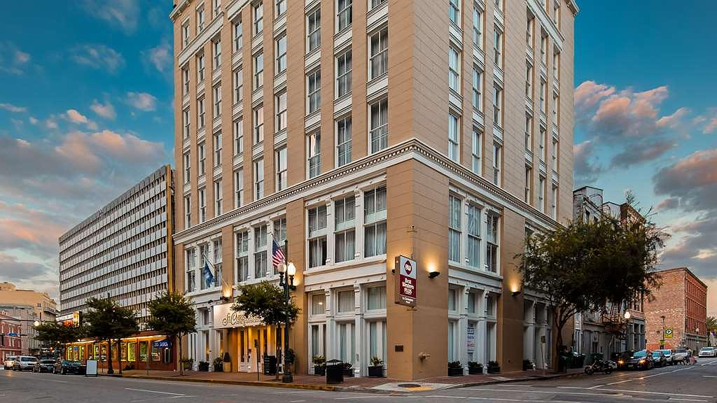 Best Western Plus St. Christopher Hotel - Vista exterior