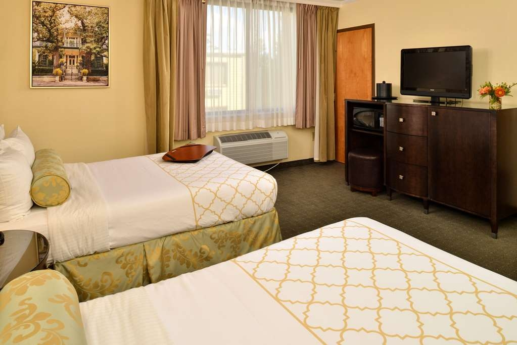 Best Western Plus St. Charles Inn - Double Room