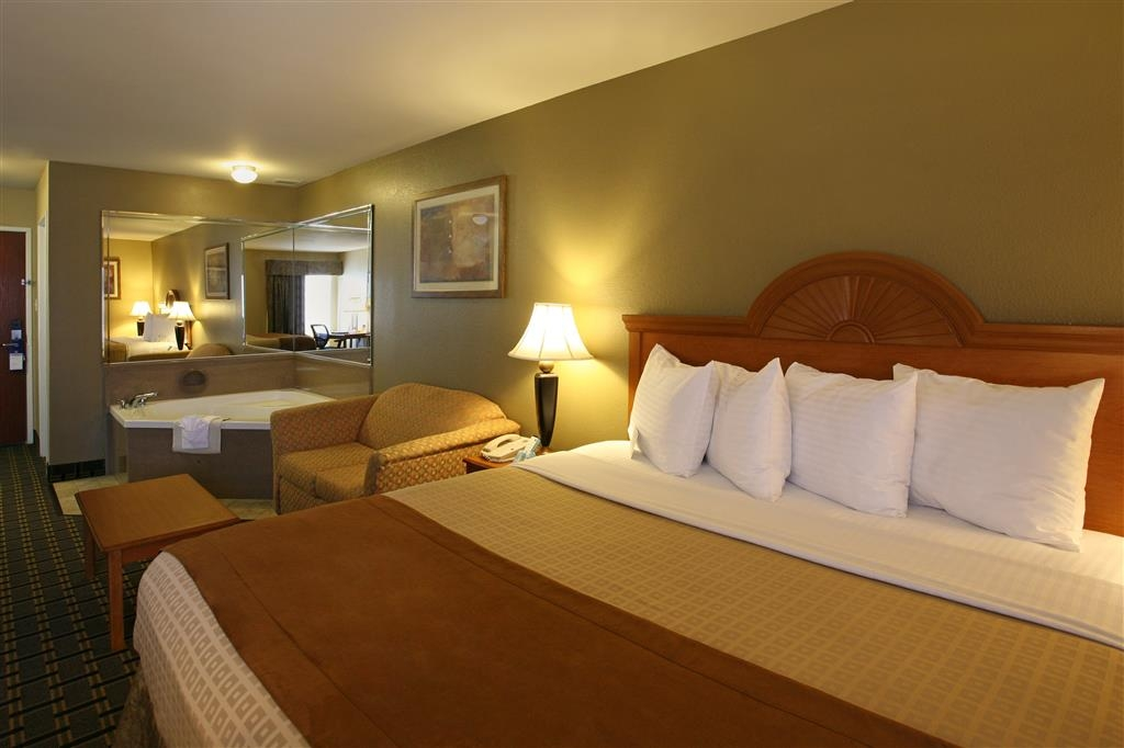 Best Western Zachary Inn - Suite