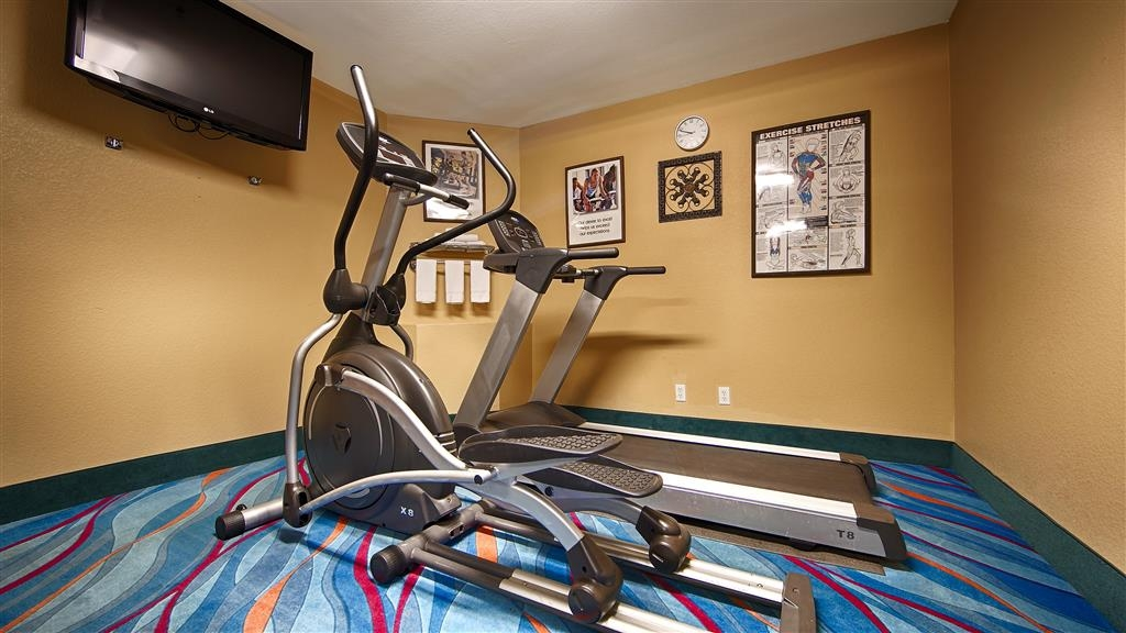 Best Western Zachary Inn - Fitnessstudio