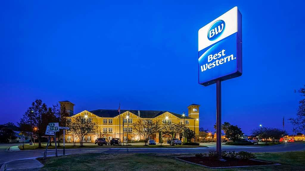 Best Western Plaquemine Inn - We pride ourselves in being one of the best stays in the area.