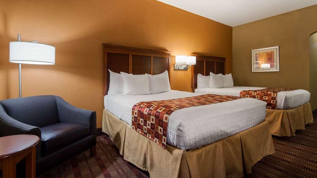 Best Western Plaquemine Inn - Two Queen Room