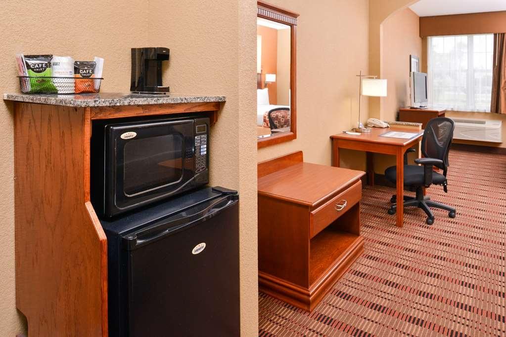 Best Western Plaquemine Inn - One Bed King Suite Amenity