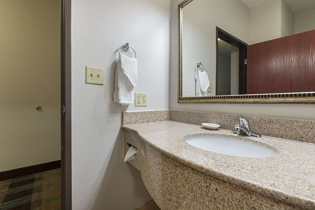 Best Western Plus DeRidder Inn & Suites - Gästezimmer