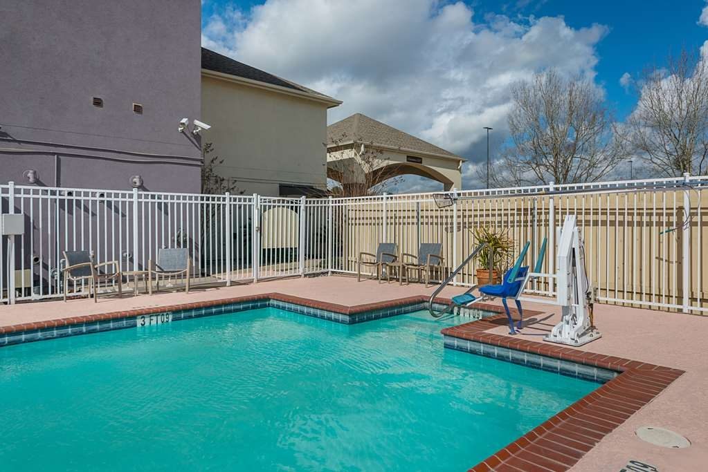 Best Western Plus DeRidder Inn & Suites - Swimmingpool