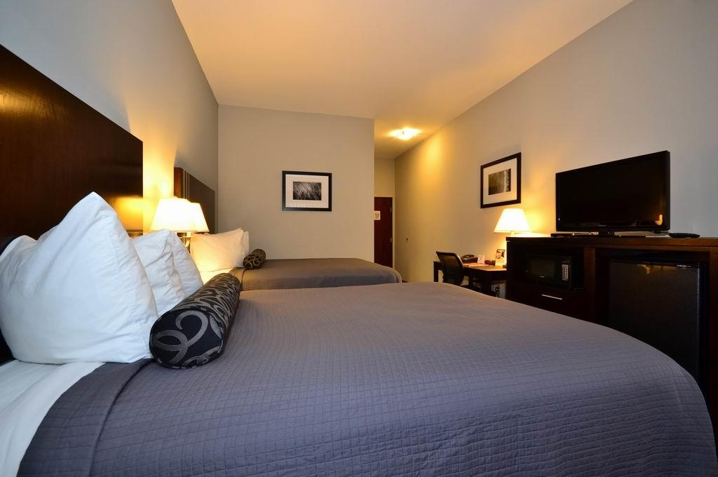 Best Western Abbeville Inn & Suites - We offer a variety of double queen bedrooms from standard to ADA mobility accessible.
