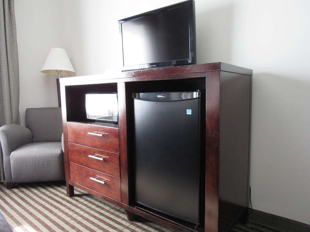 Best Western Abbeville Inn & Suites - Mini Refrigerator and Microwave