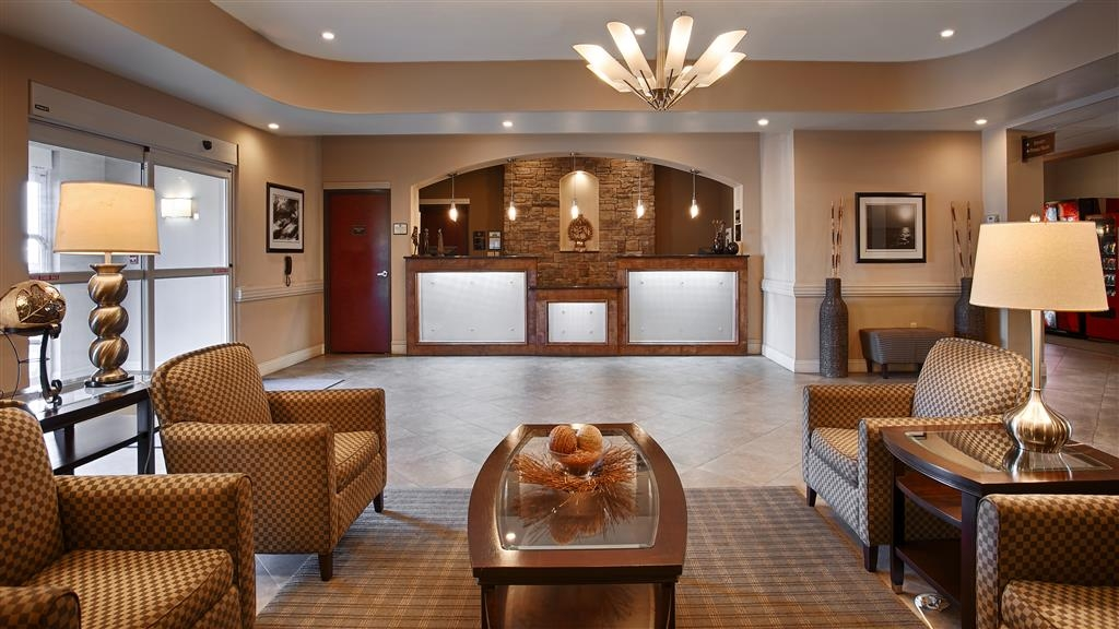 Best Western Abbeville Inn & Suites - Our lobby is the perfect spot to relax after a long day of work and travel.