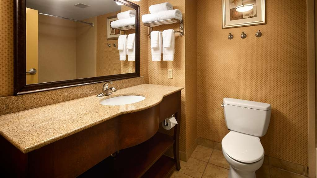 Best Western St. Francisville Hotel - we take pride in making everything spotless for your arrival.
