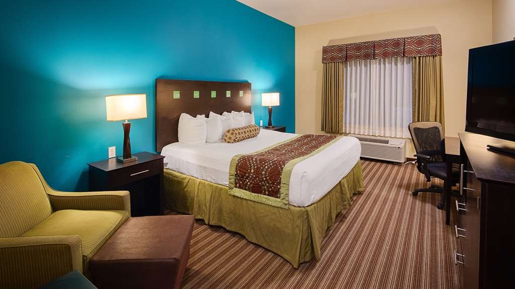 Best Western Plus DeSoto Inn & Suites - Suite